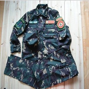 我是特种兵2迷彩服 部队最新式作训服 12式数码迷彩服 红细胞特别小组作战服